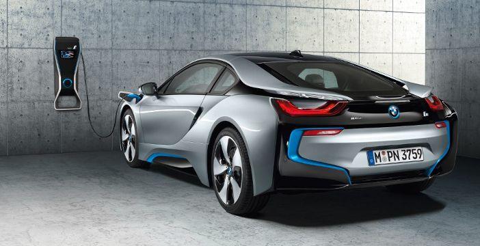 Incentivi auto elettriche, la commissione europea valuta nuove iniziative